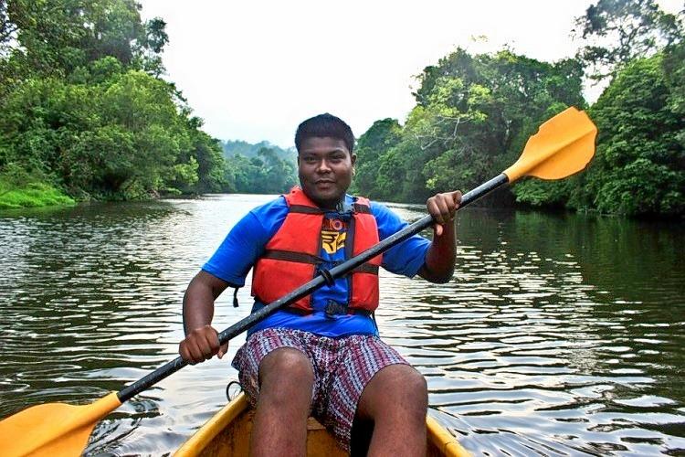 Canoeing_100.jpg