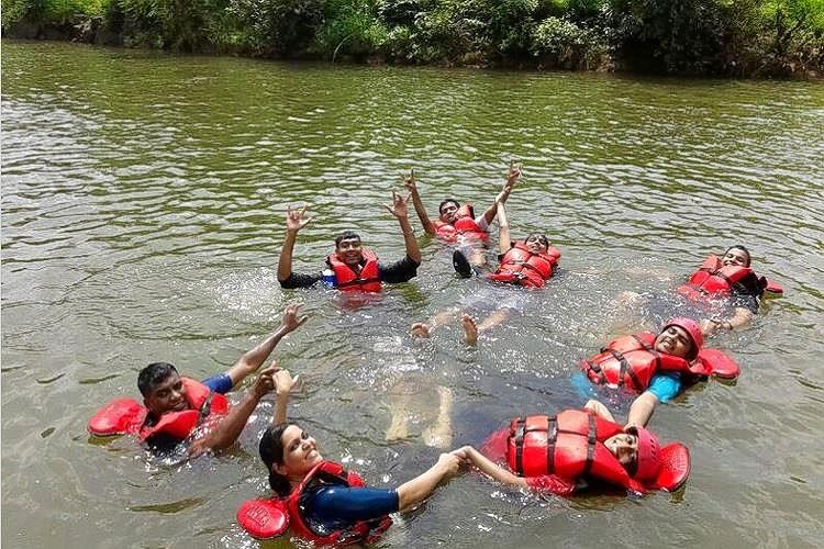 Rafting4_(copy).jpg