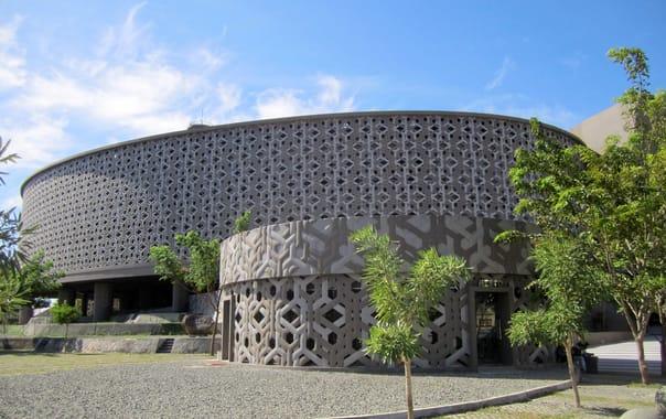 1480792036_aceh_tsunami_museum.jpg