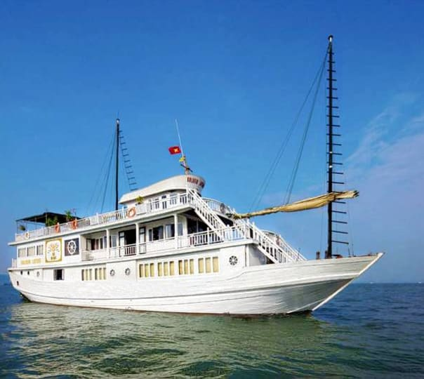 Halong Bay Cruise in Vietnam