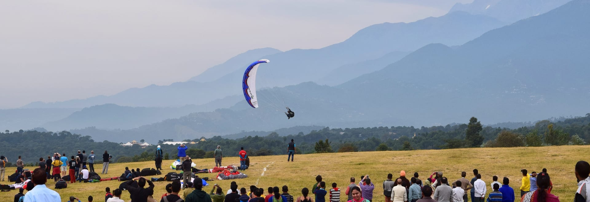 1492171506_paragliding_world_cup_2015_at_nearby_bir-billing.jpg