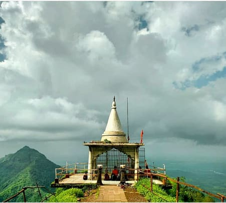 Trek at Vikatgad Peb Fort, Neral @ 890 Only
