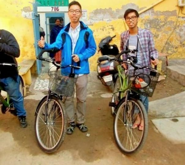 Guided Cycling Tour Through Agra