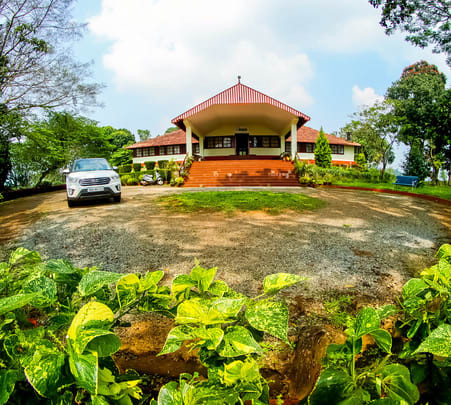 Experience Bunglow Stay in Wayanad