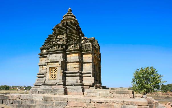 1532087758_brahma_temple.jpg