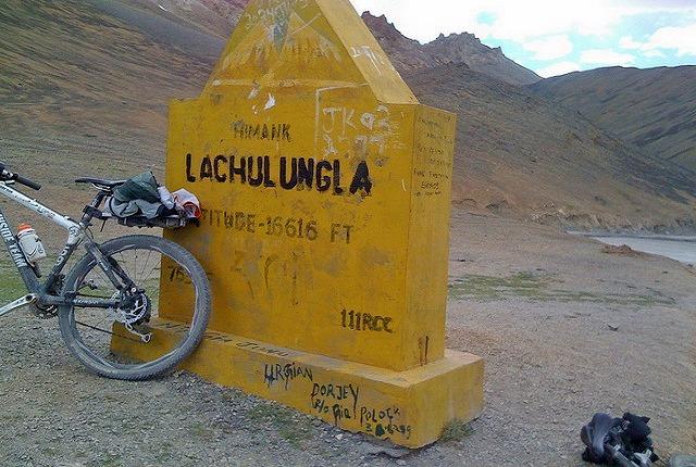 Manali_leh_biking_3.jpg