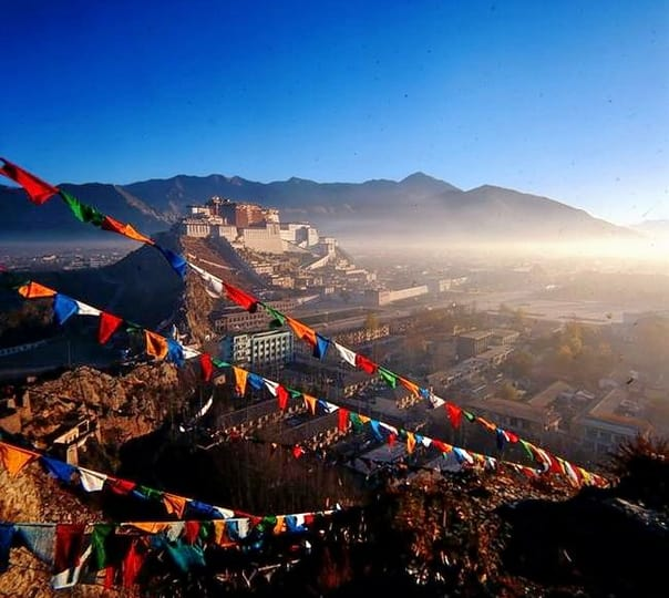 9 Days Trip to Lhasa and Everest Basecamp