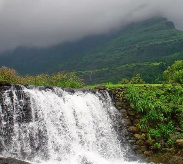 Randha and Umbrella Waterfall Visit, Ratangad