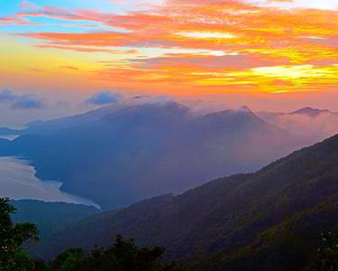 Lantau Peak Sunrise Hiking Tour, Hong Kong