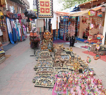 Market Tour of Delhi with Guide-flat 26% off
