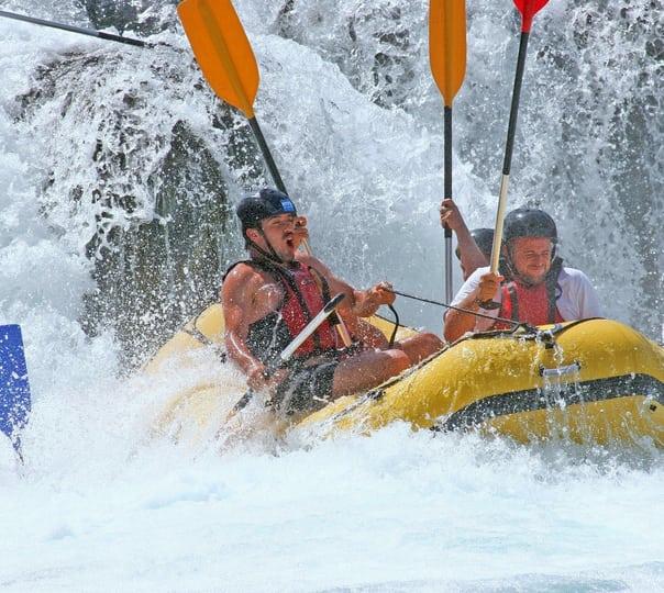 Rafting at Pirdi in Kullu