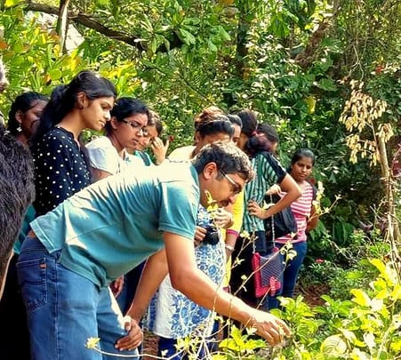 Butterfly Park tour in Ponda with Wildlife artist