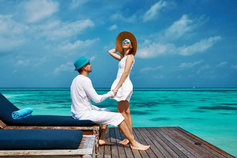 1502973758_andaman_honeymoon_couple_2.jpg