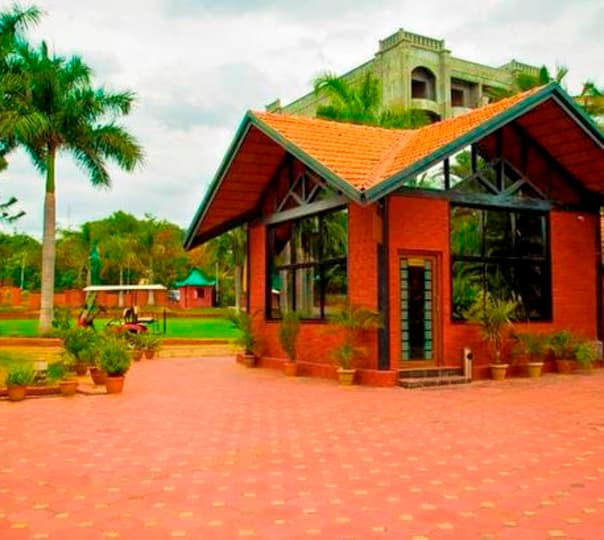 One Day Outing at Celebrity Resort, Hyderabad