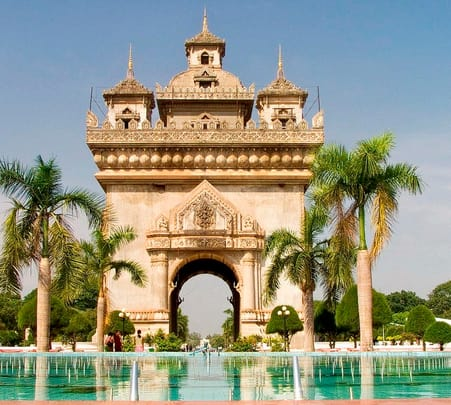 Sightseeing in Vientiane and Market Tour