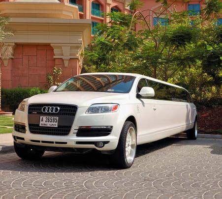 Limousine Ride in Dubai- Flat 8% off