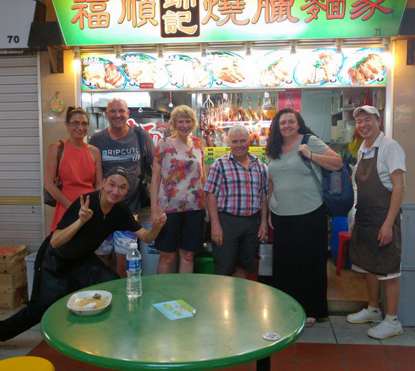 Chinatown Local Food Tour & Sightseeing in Singapore