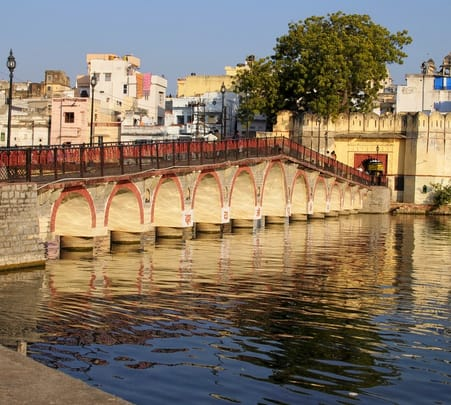 Udaipur Historical City Tour