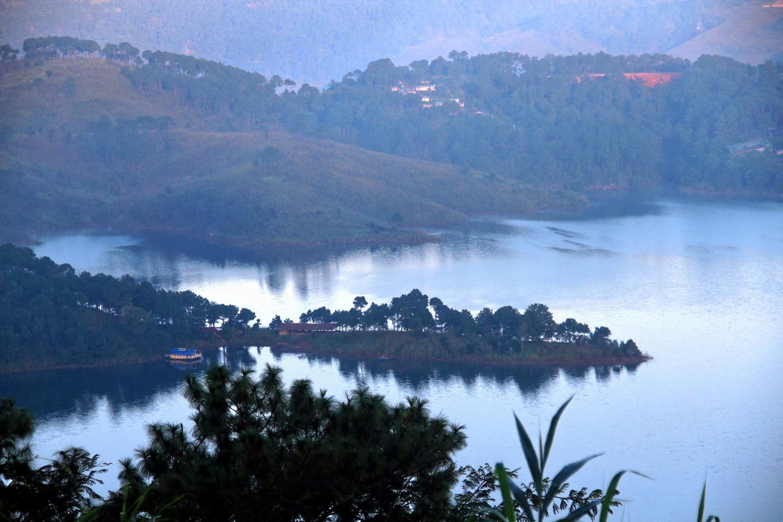 1532006809_umiam_lake_2c_shillong_2c_meghalaya_2c_india.jpg
