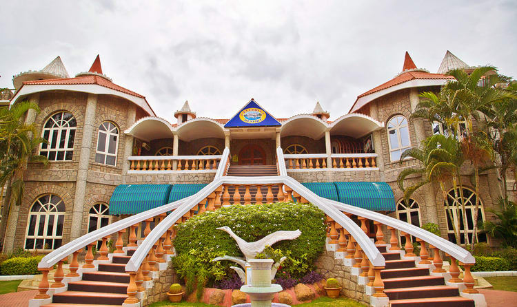 20 Best Resorts In Hyderabad Hyderabad Resorts Places To Stay