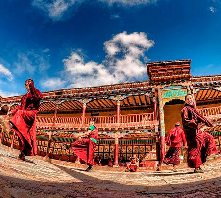 Ladakh Adventure and Monasteries