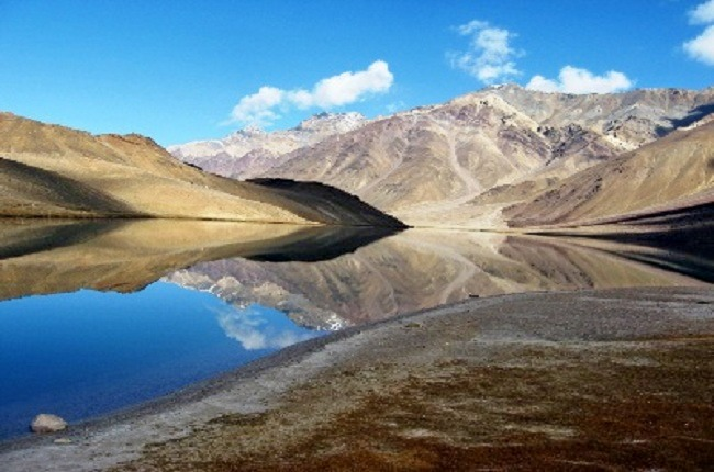 Chandratal_lake_trek_over_hampta_pass_5.jpg
