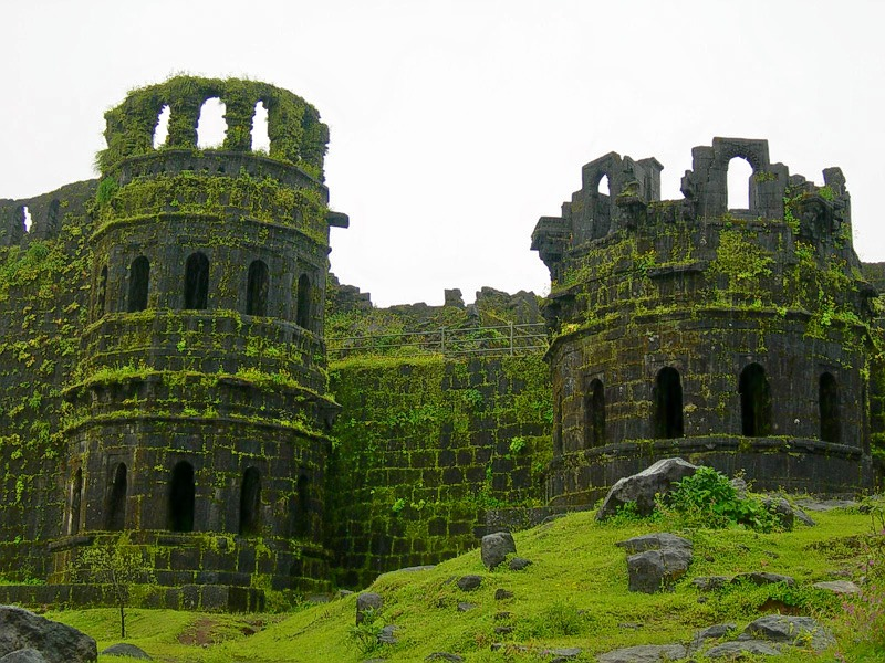 Raigad_fort(1).jpg