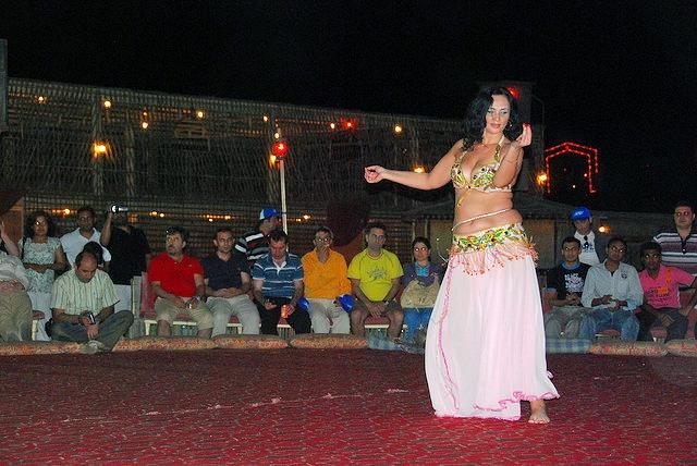Belly-dance-safari-dubai.jpg