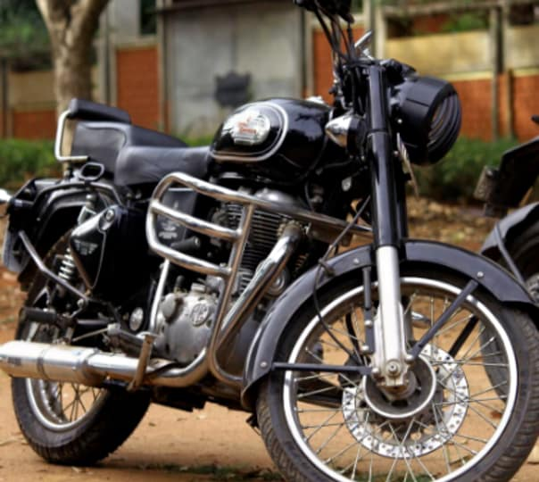 Royal Enfield Bullet 350 Rental in Bangalore