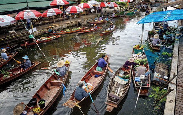 1481636168_samutsongkram_tha_kha_floating_market_2.jpg