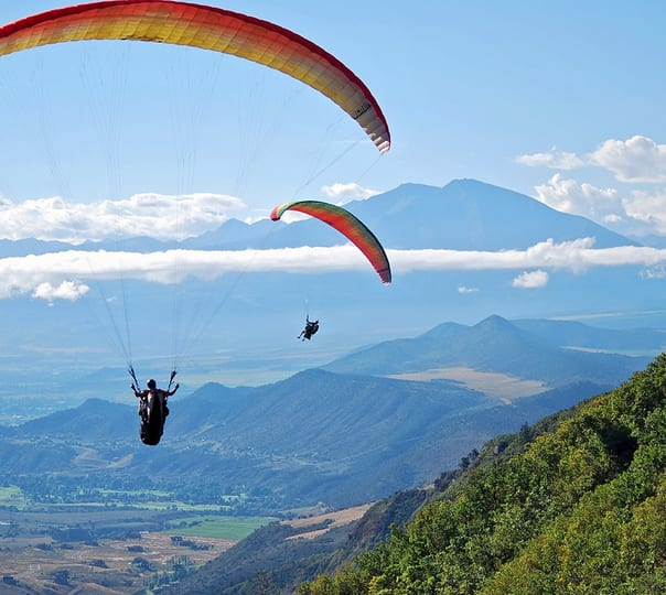 Paragliding at Bilaspur in Himachal Pradesh