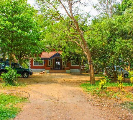 Quaint Homestay near Mysore with Swimming Pool