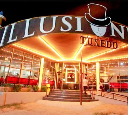 Tuxedo Illusion Hall Flat 25% off