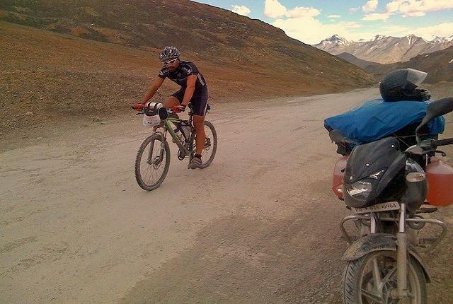Manali_leh_biking_4.jpg