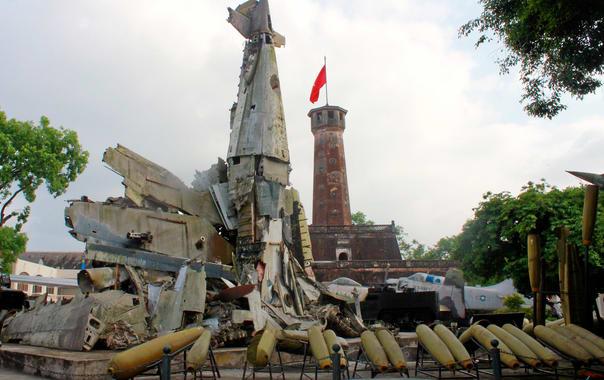 1467706635_vietnam_military_history_museum_(7459226868).jpg
