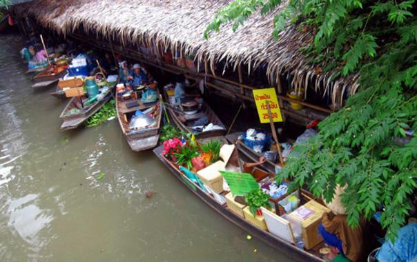 1481635997_latmayom-floating-market.jpg