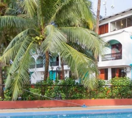 Stay at Sea View Resort in Goa