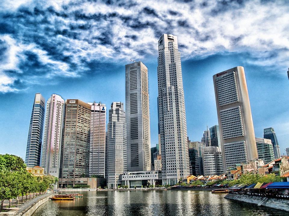 1503054679_singapore-104681_960_720.jpg