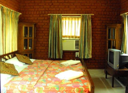 1467365087_room14.jpg