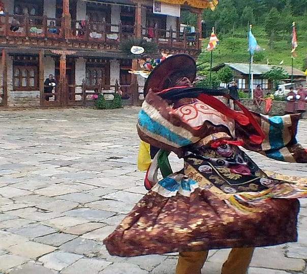 9 Days Biking Tour around Paro in Bhutan