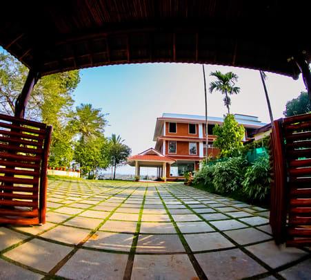 Luxury Resort Stay in Wayanad - Flat 19% Off