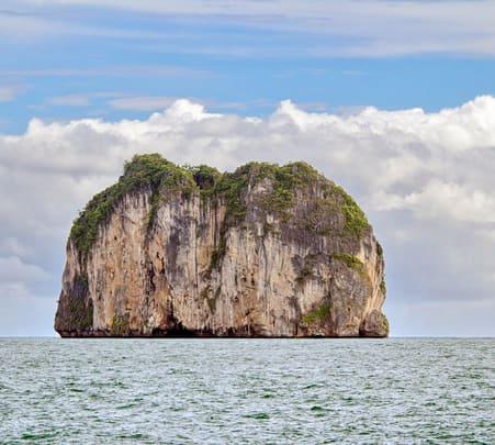 3 Days Phi-phi and Railey Beach Romantic Sailing Trip with Rock Climbing