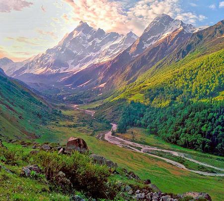 Har Ki Dun Trek in Garhwal Himalayas