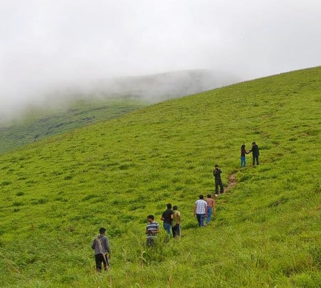 Mullayangiri, Bababudangiri and Kemmangundi Trek in Chikmagalur