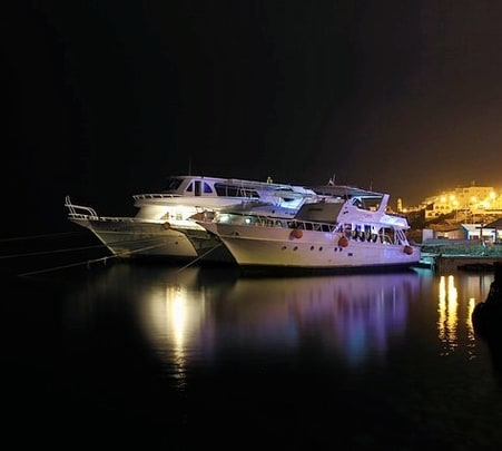 Luxury Cruise in Mandovi River, Goa