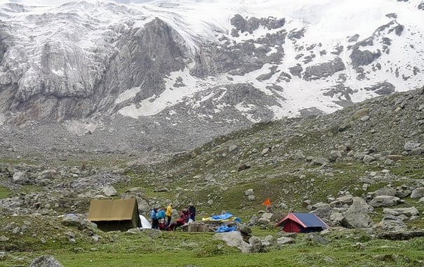 M-deo-20tibba-20base-20camp.jpg