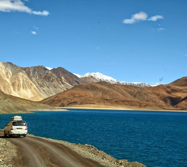 Srinagar to Leh Jeep Safari Package