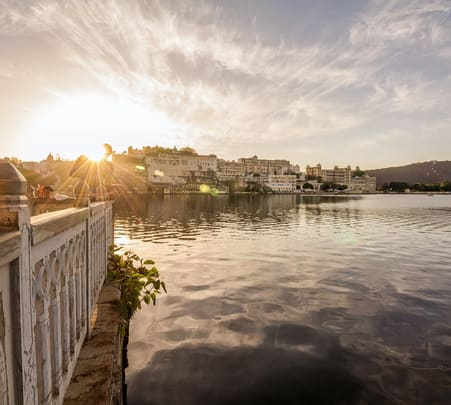 Udaipur Ghat Walk with Boat Ride Flat 15% off