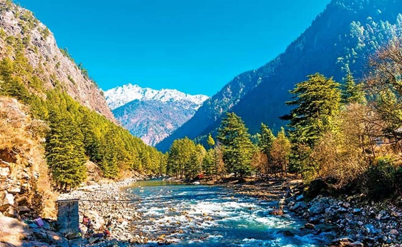 map of italy with Hire A Guide In Kasol on 3709056013 besides 12726978 in addition Sepa Instant Credit Transfer in addition Matterhorn Mountain Switzerland Italy also 925915.