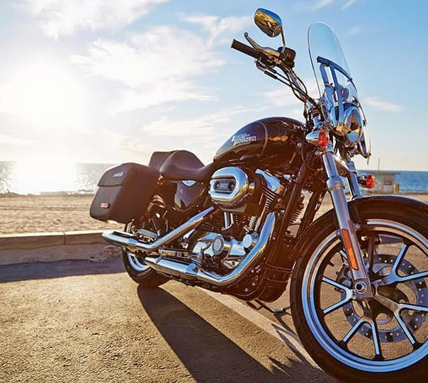 Rent a Harley Davidson Superlow in Mumbai